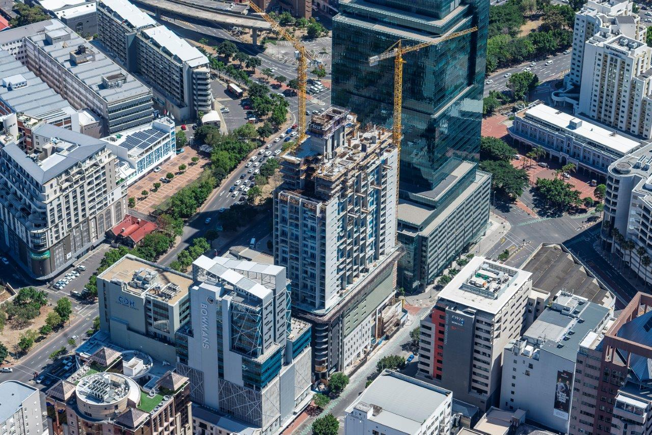 16 on Bree – Cape Town Completion Date: August 2020 Location: Bree Street, Cape Town Client: FWJK Project Type: New Development Responsibilities Principal Agent Close (Esc)
